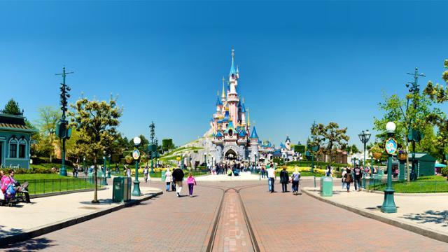 Como viajar a Disneyland en autocaravana